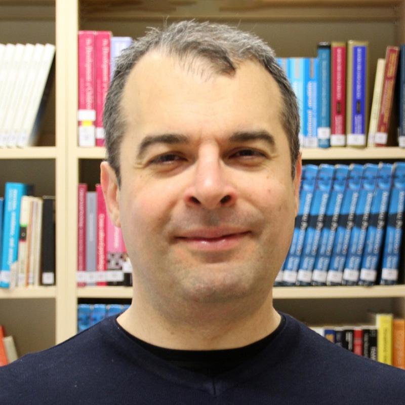 photograph of Vassilis Petsinis