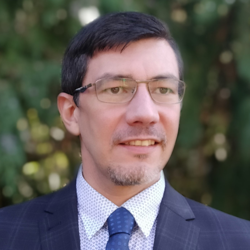 photograph of Raul Gomez